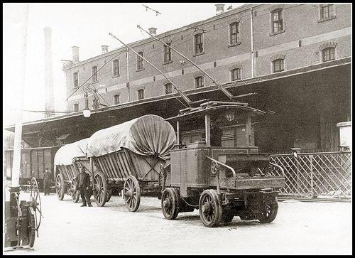 Trolleytruck convoy10