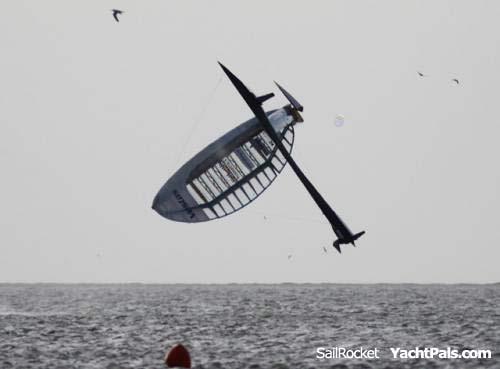 Sailrocket-crash