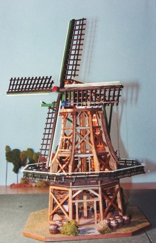 Scale model dutch snuff windmill