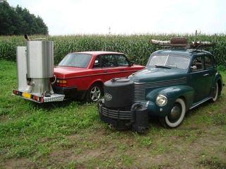 Houtgasauto's rijden op brandhout