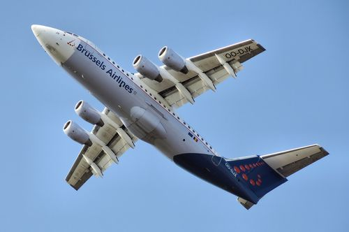 Brussels airlines wikipedia commons