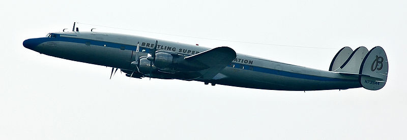 800px-SuperConstellation_N73544