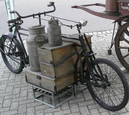 Old dutch carrier bike