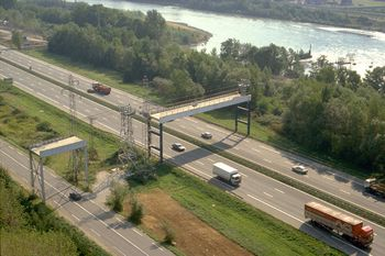 Ropeway france bridge over highway