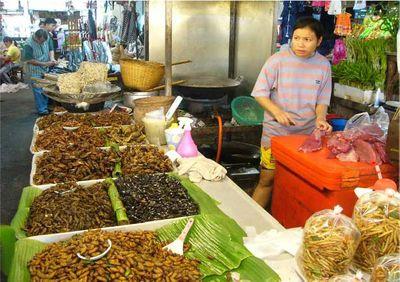 Insecten op de markt in thailand
