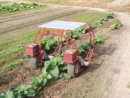 Solar powered garden machine