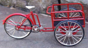 Scale model cargo bicycle