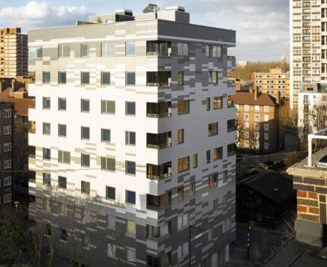 Houten flatgebouw