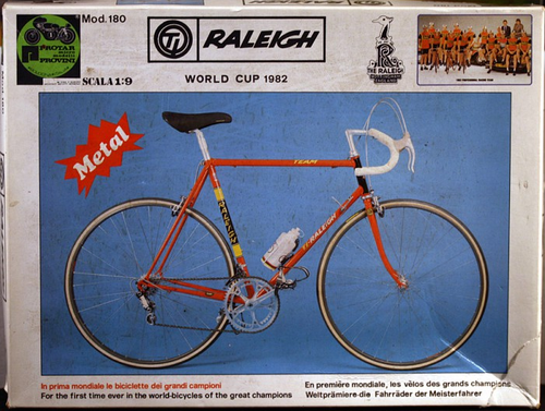 Raleigh scale model bicycle