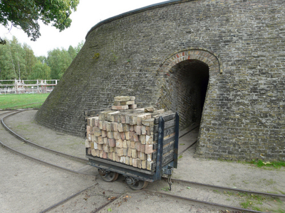 Brick wagon on turntable by matthias17 on flickr