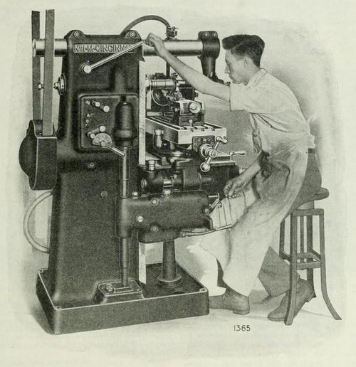 Manual milling machine 2