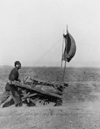 Chinese wheelbarrow powered by wind