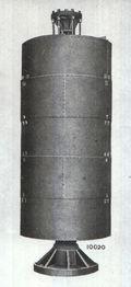 Fielding and platt hydraulic accumulator