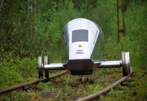Battery powered rail vehicle