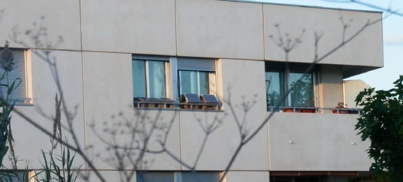 off-the-grid solar apartment