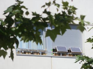 Off the grid solar apartment