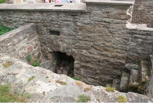 Remains of heat storage hypocaust in tallinn