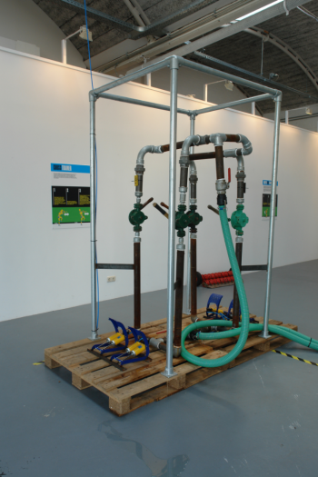 Human power generator compressed air water under pressure