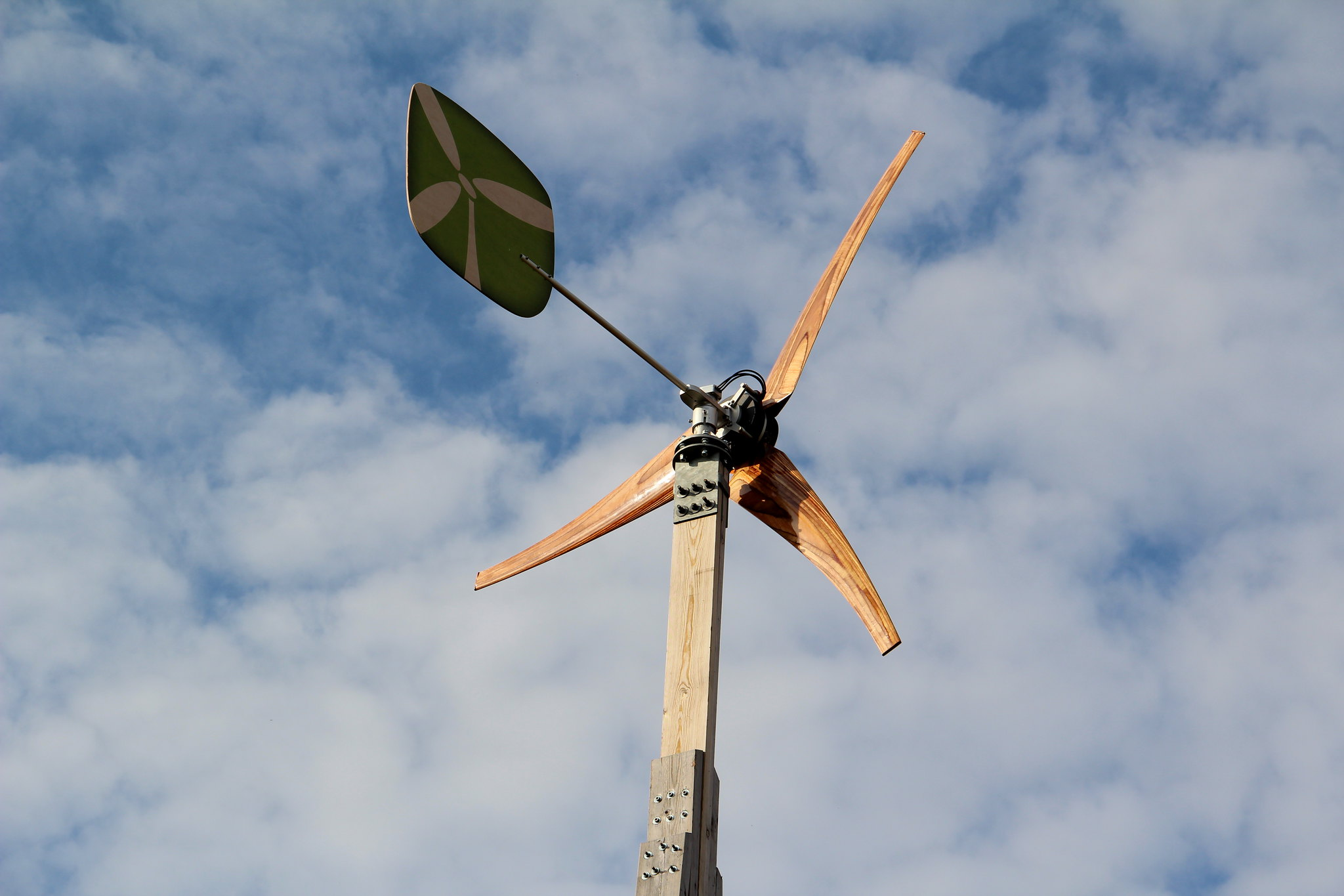 How to Make Wind Power Sustainable Again - LOW-TECH MAGAZINE